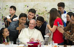 Niespodziewana wizyta na jezuickiej uczelni
