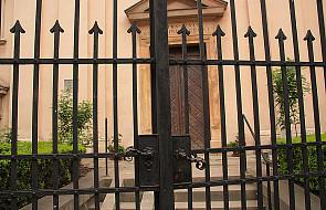 """Kościół """"otwarty"""" czy """"zamknięty""""?"""