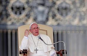Papież i zachęta do walki z mocami zła