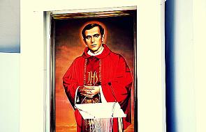 Ksiądz Popiełuszko - po co kanonizować?