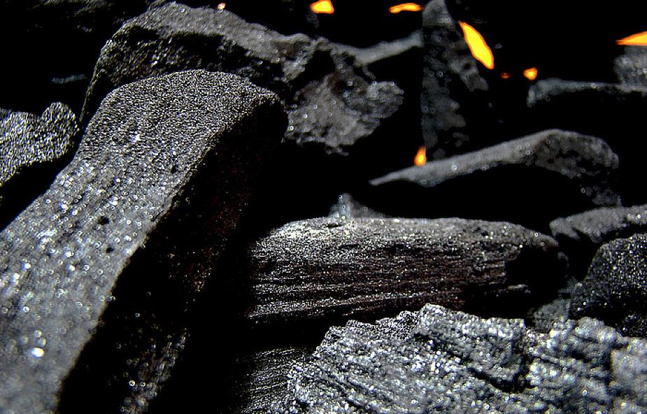 Górnicy zablokowali pociągi z węglem z Rosji
