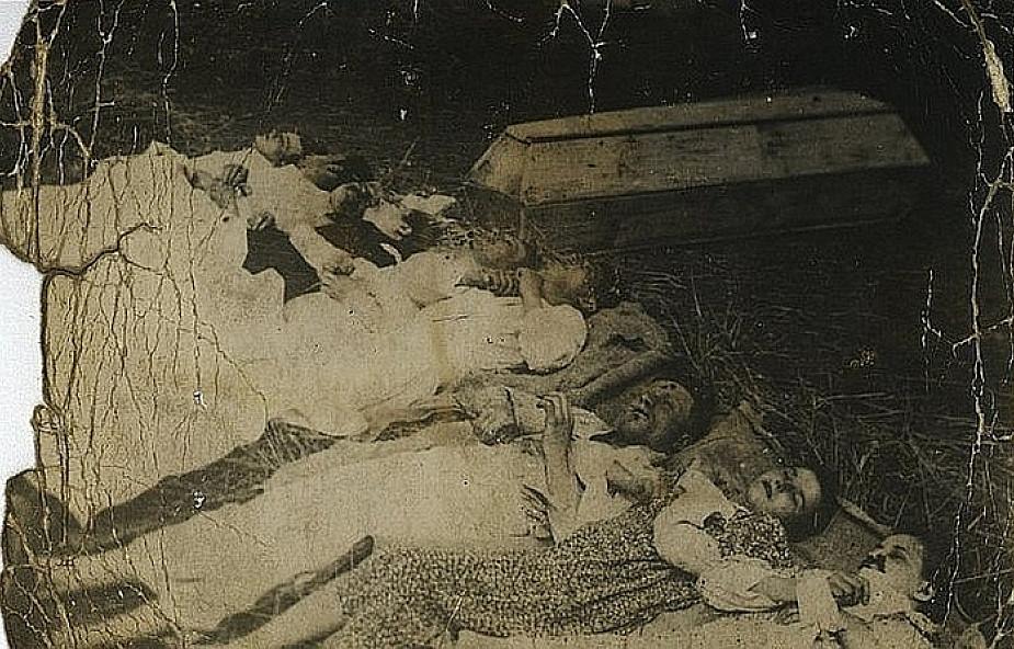 Pochowano 1494 ofiary sowieckiej zbrodni