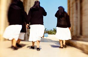 Siostry, dotacje i kryzys
