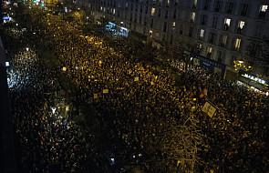 Poza Paryżem ponad milion demonstrantów