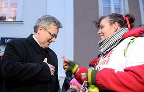 Prezydent Komorowski wsparł WOŚP