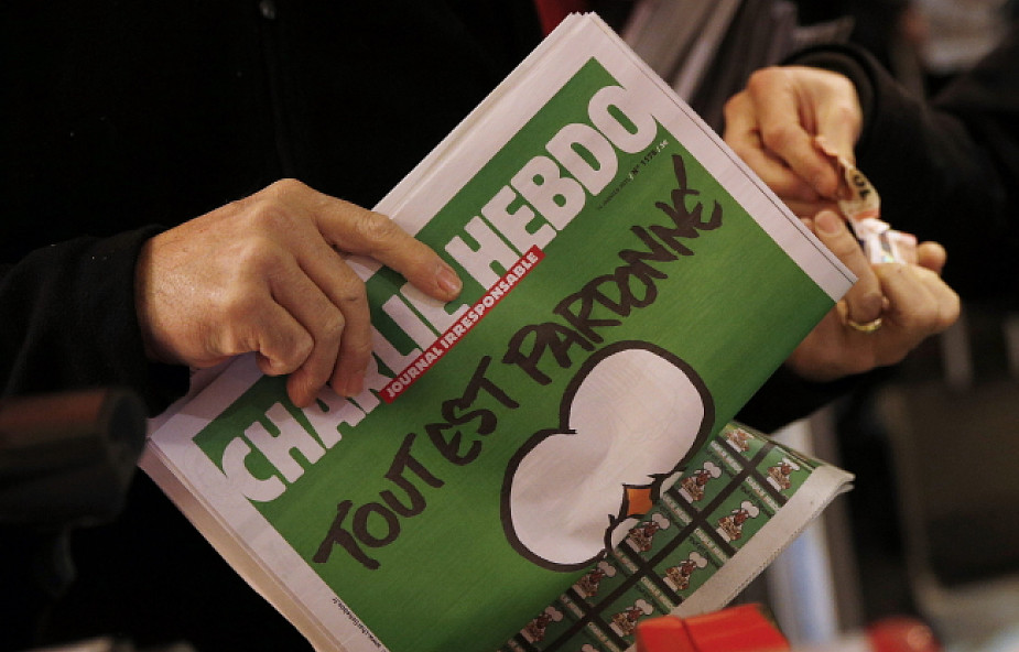 """""""Charlie Hebdo"""" doświadcza cudów"""