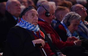 Modlitwy wieńczą ceremonię w Auschwitz