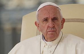 Franciszek prosi wiernych o przebaczenie