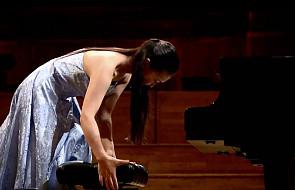 Co robi pianista na sekundę przed występem? [WIDEO]