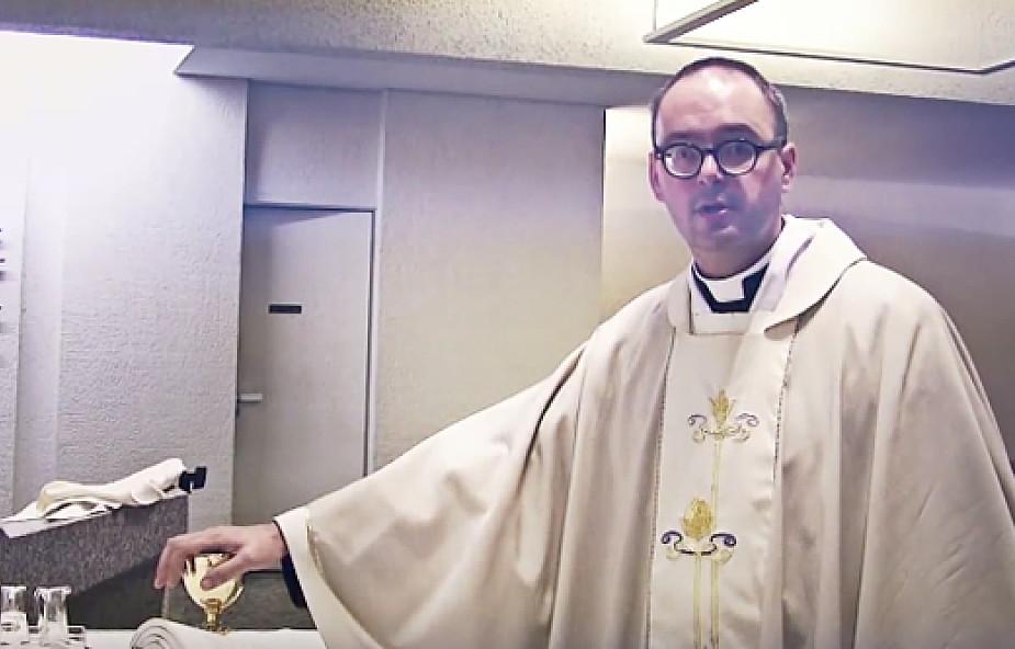 Ks. Kaczkowski: Po co klękamy na Mszy świętej? [WIDEO]