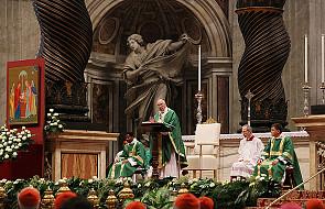 Homilia Franciszka otwierająca Synod Biskupów