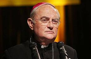 Abp Hoser: świętość opiera się na miłości Boga