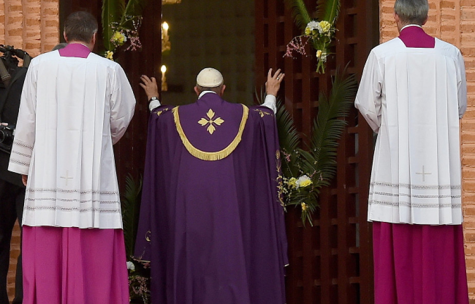 Franciszek: odłóżcie narzędzia śmierci!