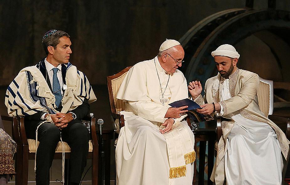 Papież: Nigdy nie wykluczajmy, nie mamy prawa!