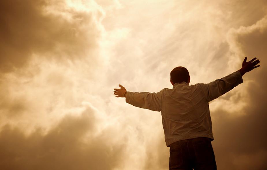 Zrób to, zamiast oskarżać Boga [WIDEO]
