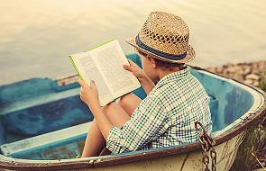 Przeczytaj rozdział książki, którą czyta twoje dziecko