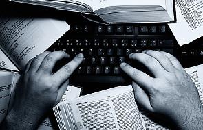 Polacy stworzyli aplikację, która uprości trudne teksty