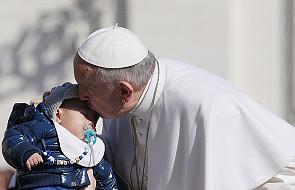 Papież: musimy przedkładać miłosierdzie nad sąd