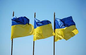 Polacy demonstrują poparcie dla Ukrainy
