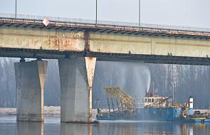 Eksperci zbadają konstrukcję mostu