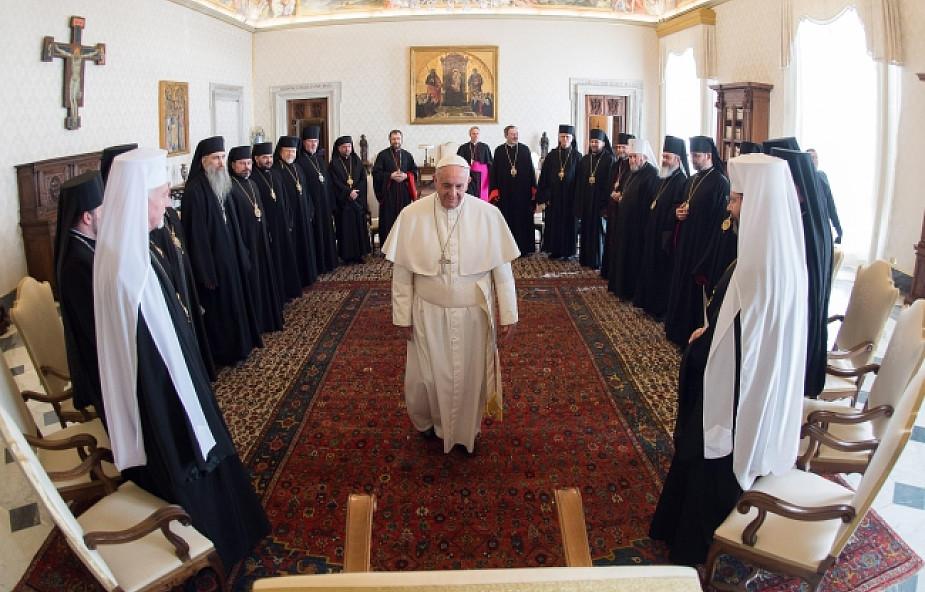 Papież zaskoczony, nie znał całej prawdy