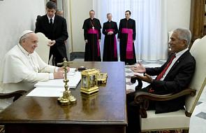 Papież przyjął prezydenta Kiribati