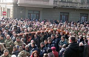 30 tyś. ludzi na drodze krzyżowej ulicami Lwowa