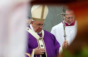 Papież w Neapolu: dobra polityka wyrazem miłosierdzia, służby i miłości