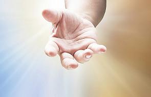 Miłosierdzie - jak karetka dla umierającego