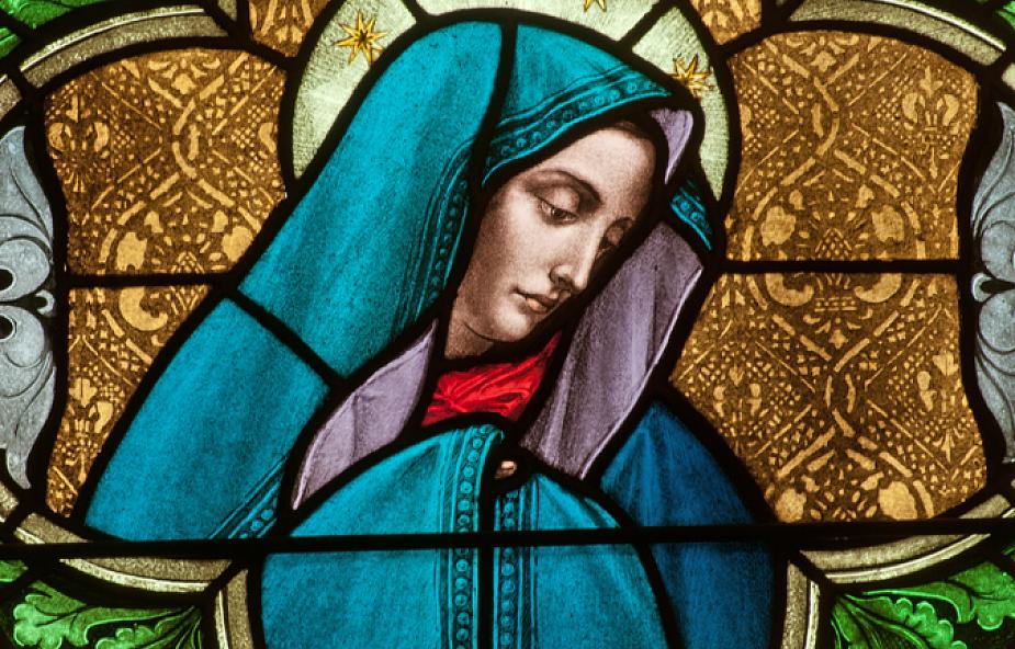 Maryja pomostem prowadzącym do Eucharystii