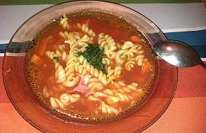 Prosta domowa zupa pomidorowa