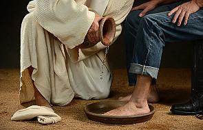 Umywanie nóg Apostołom wyrazem miłości