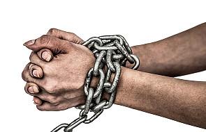 Nowy dokument o problemie handlu ludźmi