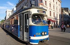 """Kraków: """"Dzienniczek"""" św. Faustyny w tramwaju"""