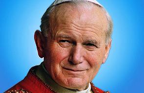 Św. Jan Paweł II wciąż pisze w ludzkich sercach