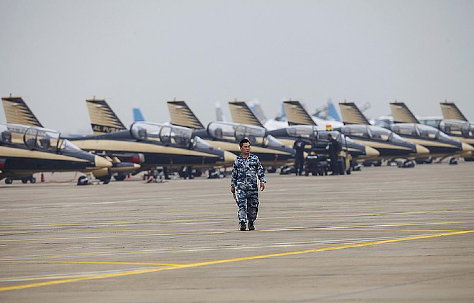Chiny ostrzegają Filipiny