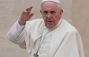 Papież: człowiek jest całością duchową i cielesną