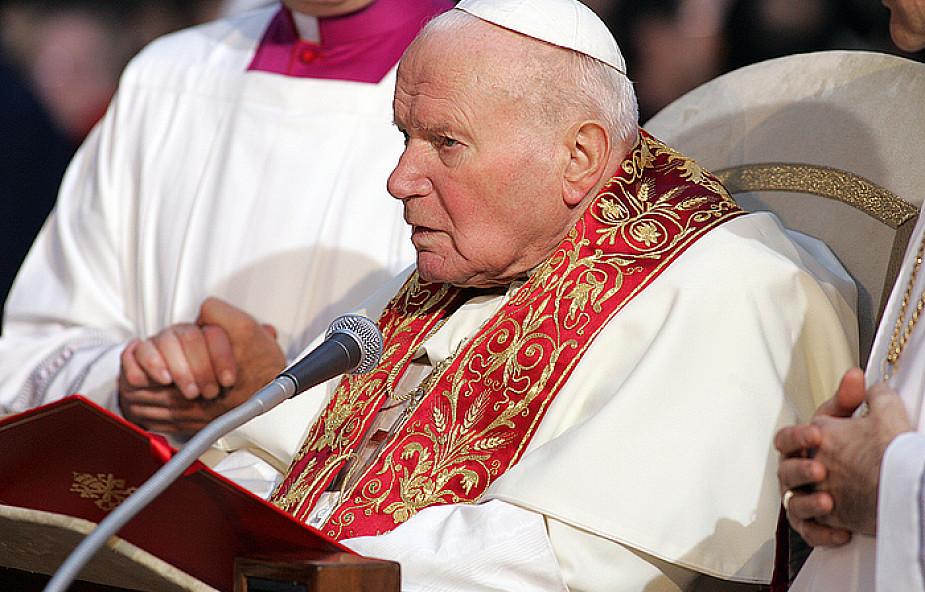 Sutanna z zamachu na Jana Pawła II w Krakowie