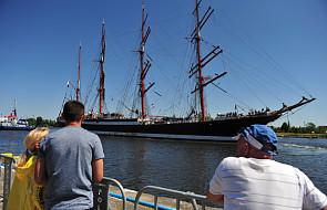 Wielkie żaglowce przypływają do Szczecina