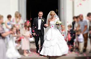 Jaki jest sens publicznego zawierania małżeństwa?