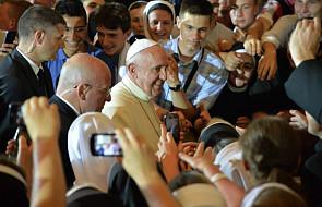 Papież na koniec wizyty spotkał się z młodzieżą