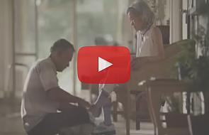 Zobacz wzruszającą reklamę o wierności przysiędze małżeńskiej [WIDEO]
