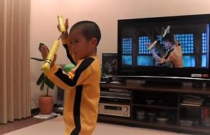 5-letni chłopiec perfekcyjnie naśladuje Bruce'a Lee