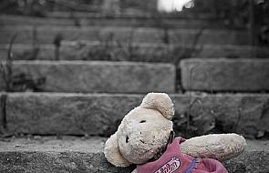 Dzieci czekają na miejsce w rodzinie zastępczej