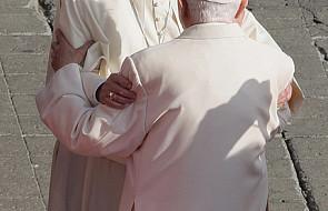 Abp Gänswein i dwaj papieże od kuchni