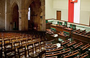 Teologia i polityczne spory