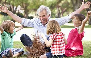 Jak mądrze rozpieścić dzieci i wnuki?