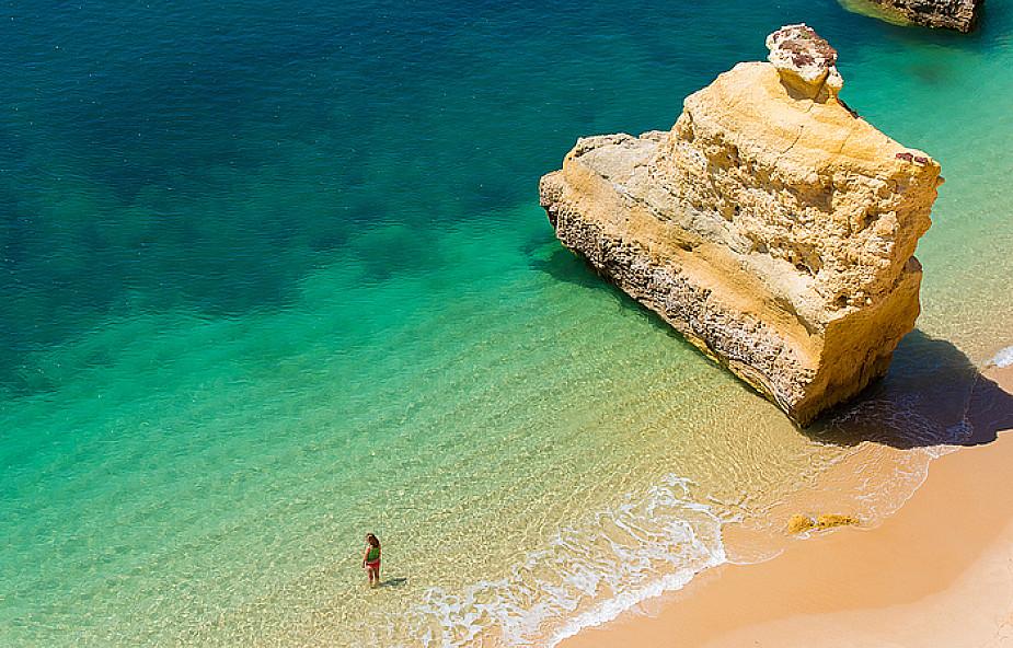Najpiękniejsza plaża świata i tajemnice fatimskie