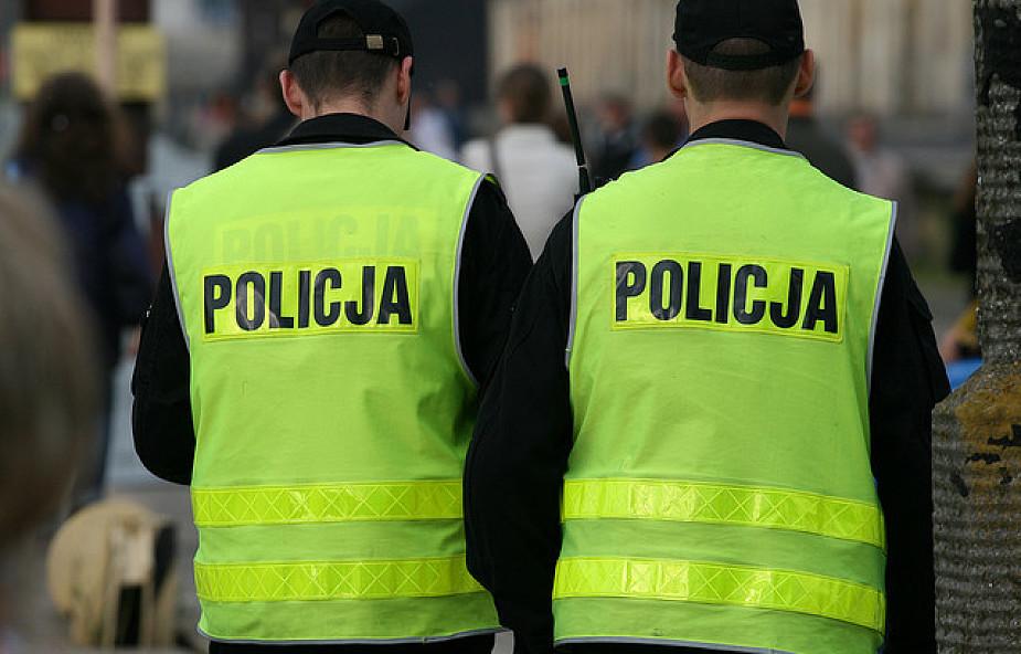 MSW chce wiedzieć, jak zapobiec agresji w policji