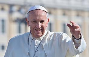 Franciszek szeroko otwiera drzwi Kościoła